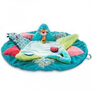 Un tappetino coloratissimo e comodo a forma di Georges, il lemure birboncello, facile da trasportare